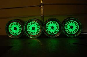 glow-dark-green 02
